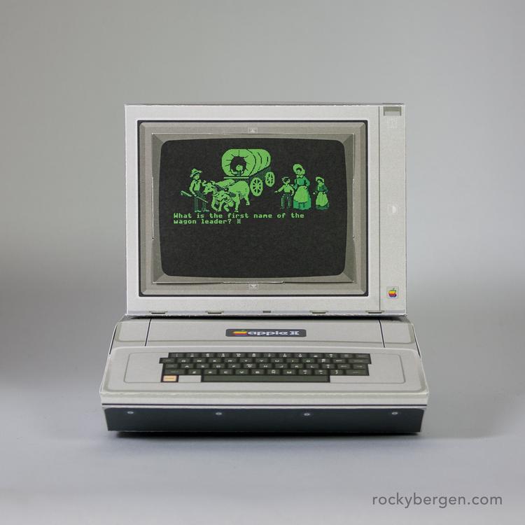 Computadores Retrôs de Papelão: Saiba como fazer os seus